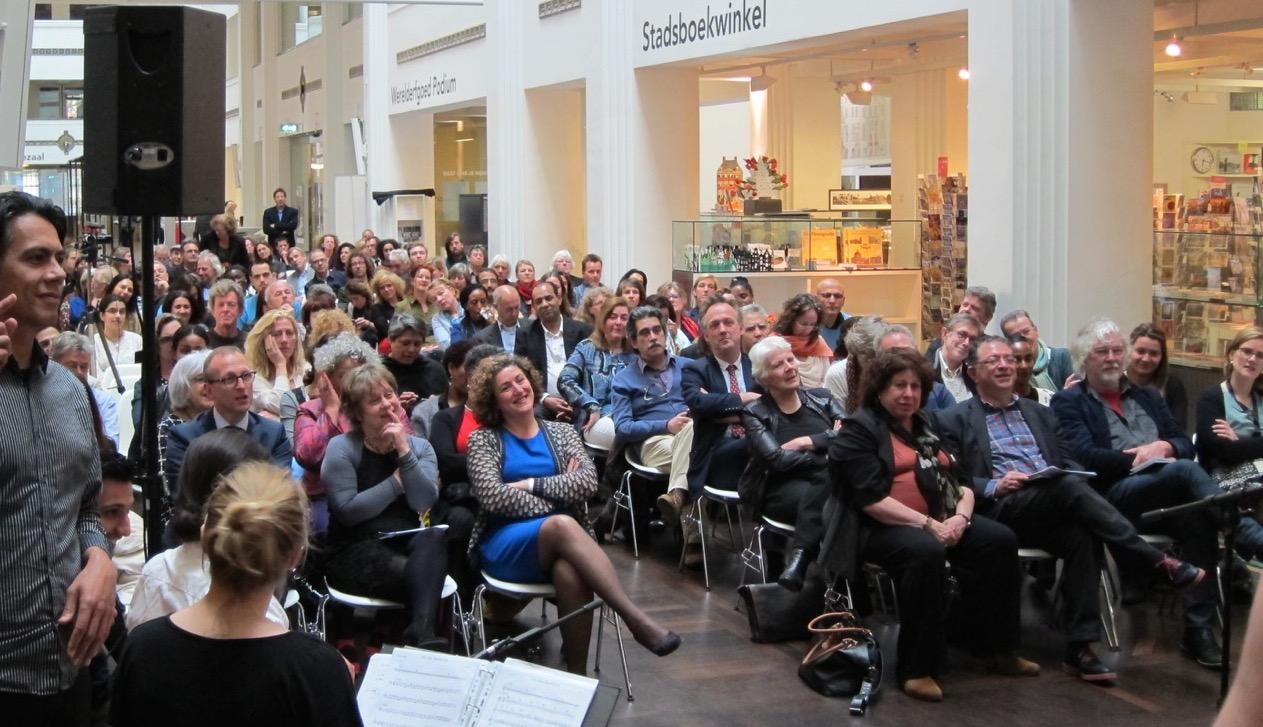 Opening Amsterdam publiek